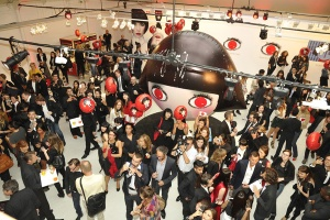 Karl-Lagerfeld-Shu-Uemura-Holiday-2012-Mon-Shu-Collection-Press-Event